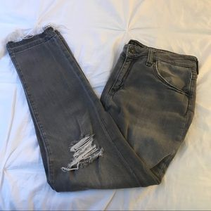 Women's ripped denim jeans